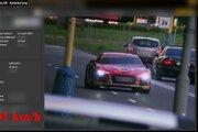 Športové Audi R8 dokáže zrýchliť z nuly na stovku za 3,1 sekundy a maximálne vie ísť rýchlosťou vyše 300 km/h.