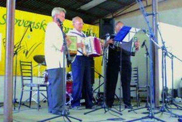 Amatérski muzikanti od Nitry boli v Leopoldove úspešní.