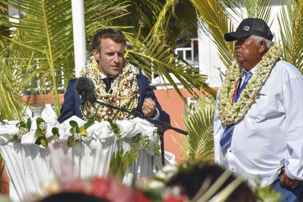 Emanuel Macron vo Francúzskej Polynézii.
