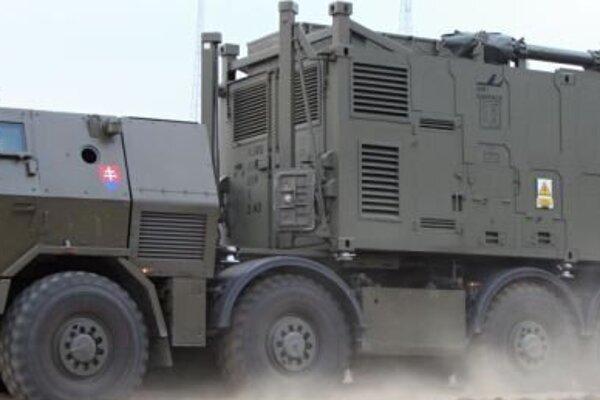 TATRAPAN 8x8 nosič kontajnerov je jedným z výrobkov spoločnosti Vývoj Martin.
