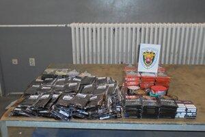 Ukrajinec mal na hraničnom priechode prihlásiť iba jeden liter alkoholu a 40 kusov cigariet.