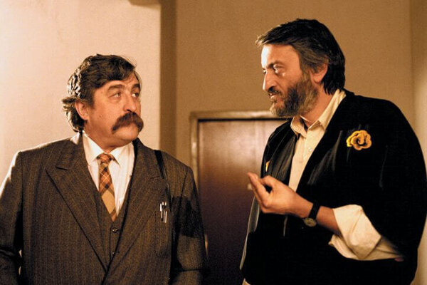 V komédii Utekajme, už ide! si zahral okrem Milana Lasicu aj Július Satinský.