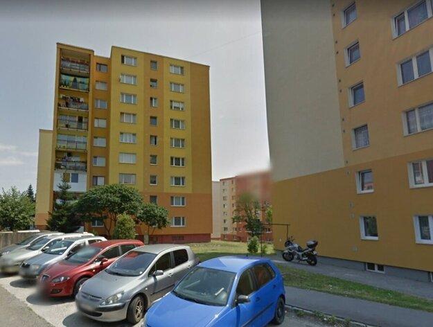 V byte paneláka v Prešove našli Košičania svoje veci.