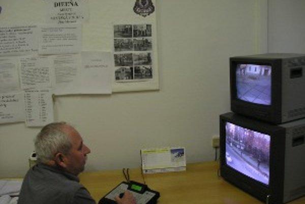 Dnes Zlaté Moravce sledujú tri kamery.