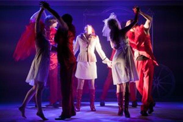 Muzikál Ples upírov mal päť exkluzívnych predstavení oba v Nitre.