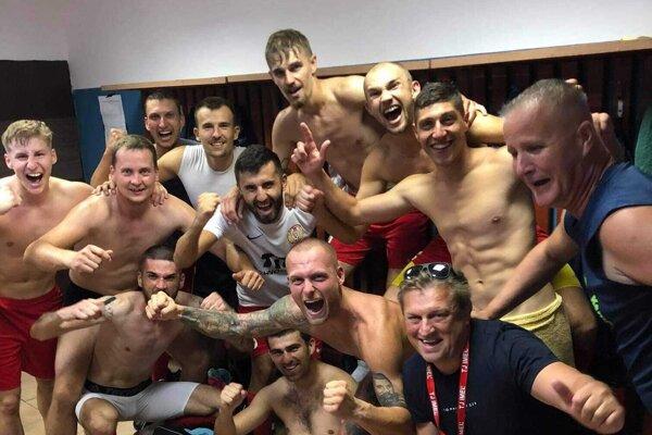 Futbalisti Imeľa sa tešili z troch bodov v Lednických Rovniach.