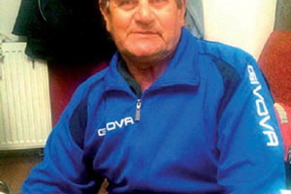 Bývalý reprezentant ČSSR a olympionik z Mexika v roku 1968 Dušan Bartovič je trénerom výberu ZsFZ.