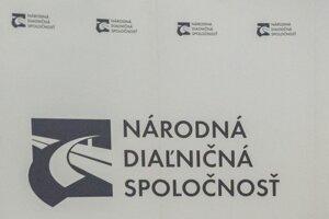 Logo Národnej diaľničnej spoločnosti.
