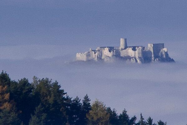 Náš známy hrad sa vďaka technike dostal vo filme už aj na pobrežie