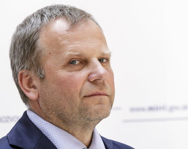 Vladimír Ledecký v stredu spolu s ďalšími zakladateľmi strany Za ľudí oznámil prechod do klubu Sloboda a solidarita (SaS).
