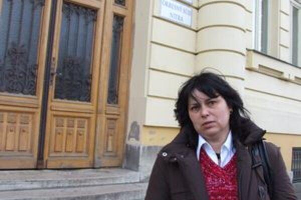 Valéria Buchová pred nitrianskym súdom.