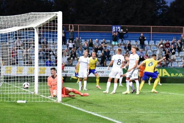 Zo zápasu MFK Zemplín Michalovce – FC Spartak Trnava.