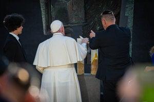 Pápež František na stretnutí so židovskou komunitou na Rybnom námestí.