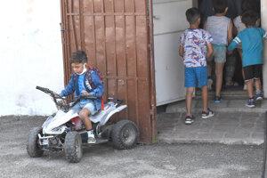 Štvorkolku mal aj miestny chlapec, ktorý sa chcel podobať mužom zákona.