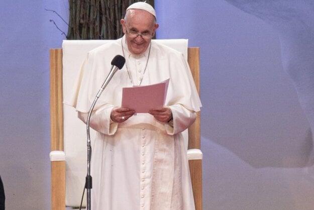 Príhovor pápeža Františka počas stretnutia s mladými na Štadióne Lokomotíva.