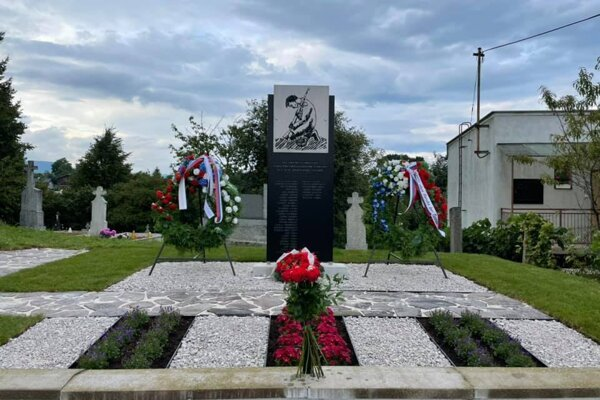 Nový pamätník padlým obyvateľom obce Poruba v I. a II. svetovej vojne.