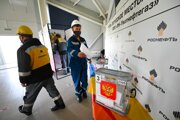Volebná miestnosť v areáli spoločnosti Rosneft v meste Uvat v ťumenskom regióne.
