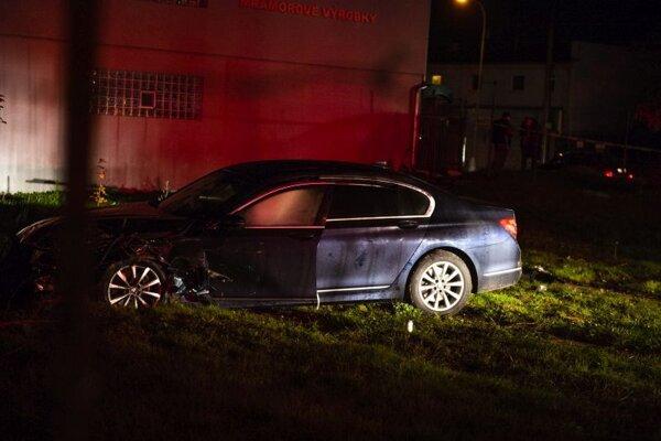 Vládna limuzína, v ktorej sedel predseda NR SR Boris Kollár (Sme rodina), havarovala za Slovnaftom na ulici Mramorová v Bratislave v sobotu 24. októbra 2020.