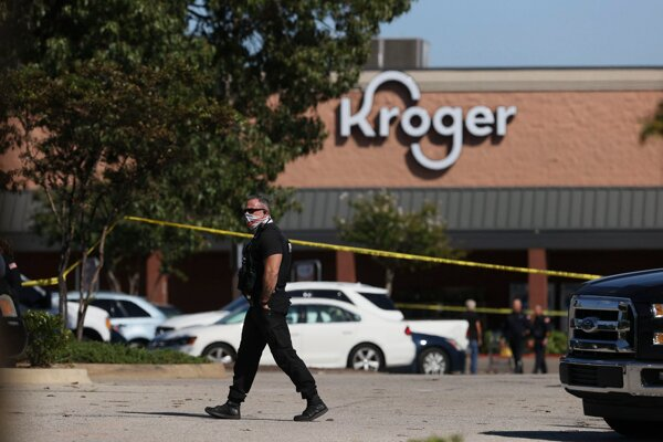 K streľbe došlo v potravinách Kroger.