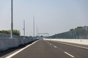 Otvorenie Lužného mosta.