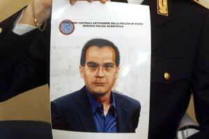 Na archívnej snímke z 6. apríla 2007 fotografia mafiánskeho bossa Mattea Messinu Denara.