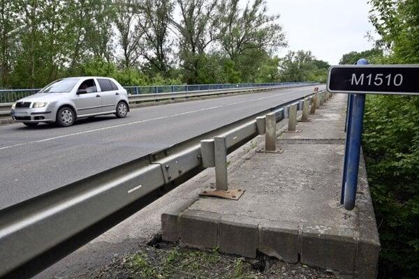 Tento most čaká oprava.