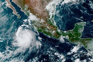 Satelitná snímka hurikánu Pamela, ktorý sa blíži k západnému pobrežiu Mexika.