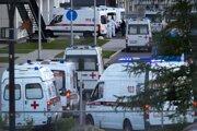 Epidemická situácia v Rusku je kritická. Za posledný deň pribudol rekordný počet nakazených aj úmrtí.