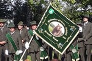 Poľovnícka zástava združenia Kohútik z Oravskej Lesnej.