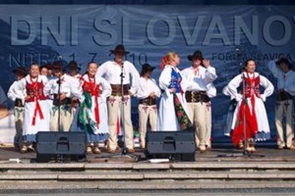 Na Slavica Feste sa goralskými zvykmi predstavil poľský súbor.