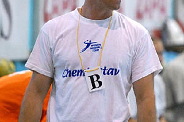 Pod vedením Michala Lukačína v pondelok odštartuje príprava hádzanárok Šale.