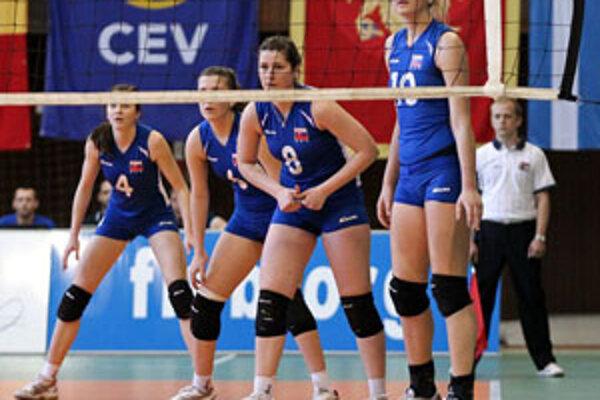 Zajtra nastúpia naše reprezentantky proti výberu Čiernej Hory, hrať sa začína o 17.30 h v športovej hale Olympia na Chrenovej.