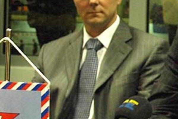 Šéf klubu basketbalistiek Milan Kreškóci vníma sezónu ako veľké sklamanie.