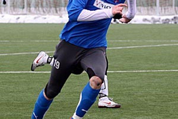 Zlaté Moravce prekvapili v Zlíne. Karol Pavelka mal dvojgólový podiel na prekvapujúcom víťazstve tímu FC ViOn na pôde českého prvoligistu.