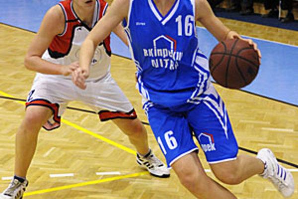 K víťazstvu prispela aj Bibiana Kalafutová (v modrom).