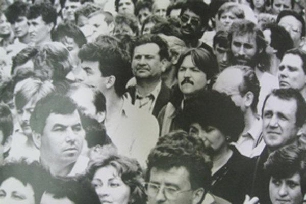 Generálny štrajk. Konal sa 27. novembra, pridali sa aj tisíce Nitranov.