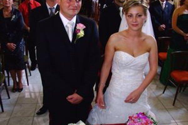 Jahnátkov syn Andrej si dnes vzal za ženu Lenku. Spoznali sa počas štúdií.