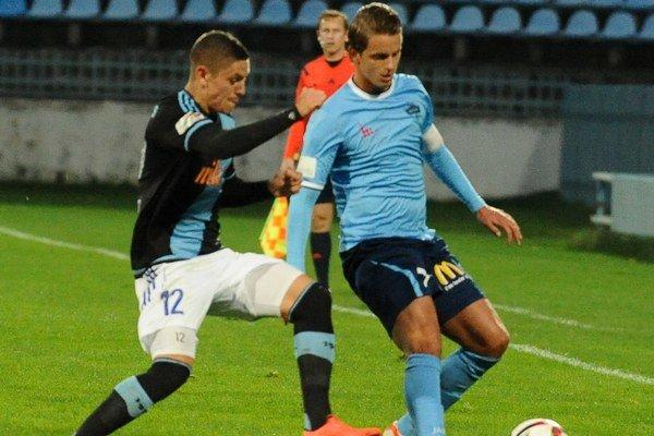 Paukner (vpravo) sa presadil aj v domácom stretnutí 4. kola Slovnaft Cupu proti bratislavskému Slovanu.