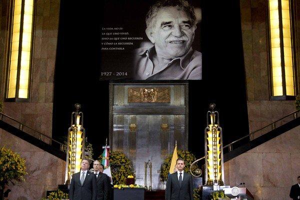 Oficiálna rozlúčka so spisovateľom bola v Paláci výtvarných umení v Mexico City.
