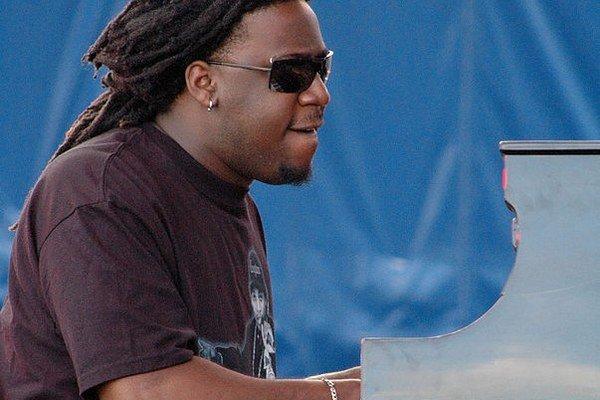 Robert Glasper (35) doposiaľ vydal sedem vlastných albumov a patrí k vyhľadávaným sidemanom.