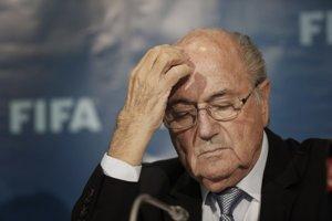 Americké vyšetrovanie korupcie vo FIFA vyšlo najavo v máji 2015, federálna obžaloba odvtedy obvinila vyše štyridsiatku športových a futbalových funkcionárov. Medzi nimi aj bývalý šéf FIFA Sepp Blatter.