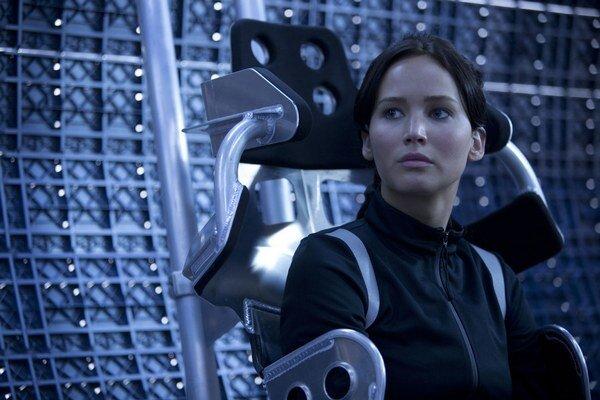 Jennifer v akčnom filme Hry o život: Špinavý trik.