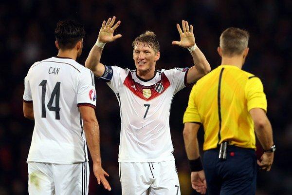 Schweinsteiger (č. 7) nepochybuje o úspešnom záverečnom turnaji ME 2016.
