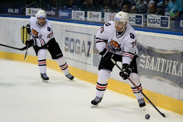 Hokejisti Amuru Chabarovsk si pripísali do tabuľky tri body po domácom víťazstve nad Ladou Togliatti.