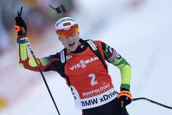 Dvadsaťosemročná Domračevová vybojovala tri zlaté medaily na ZOH 2014 v Soči a takisto má v zbierke dva tituly svetovej šampiónky.