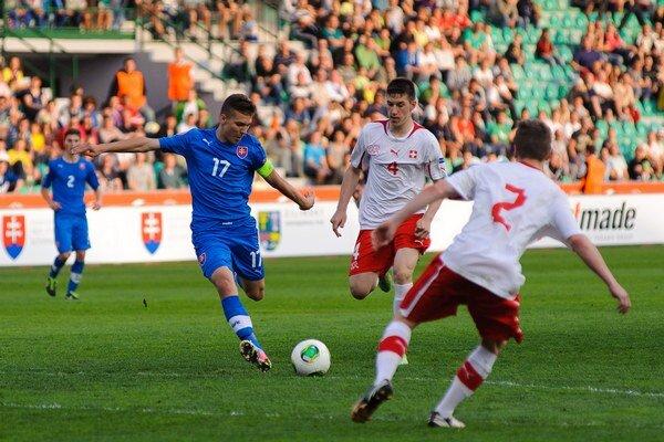Haraslín bol predvlani kapitánom slovenského výberu na domácich ME hráčov do 17 rokov.
