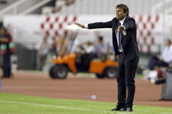 Antonio Conte stále nemá pokoj.