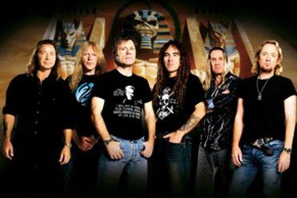 Kapela Iron Maiden opäť príde na Slovensko.