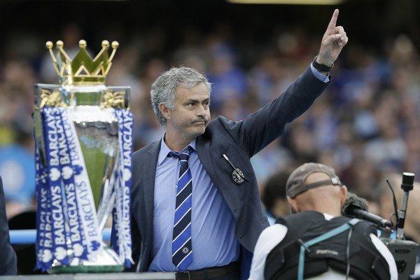 Portugalčan José Mourinho je veľmi úspešný, no i mimoriadne kontroverzný tréner, s životom ktorého sa spája množstvo zaujímavostí.