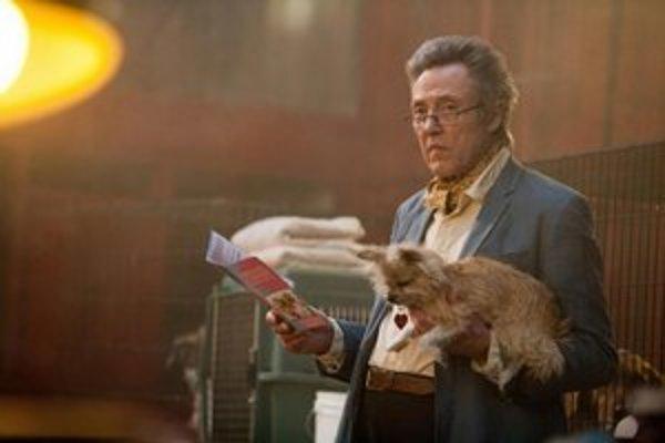 Herci vo filme Sedem psychopatov hrajú s radoťou a dobre. Christopher  Walken dostal mĺkvu postavu.